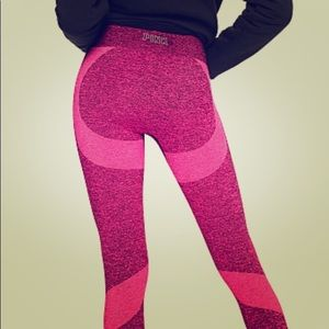 PINK Seamless Workout Tights